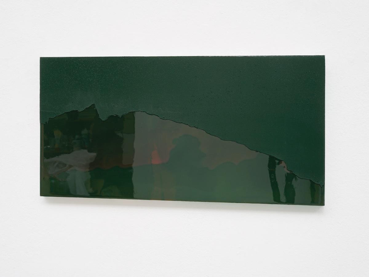 Raymund Kaiser, GRÜDRO-H6 (010917) 2017, Öl, Lack, MDF, 25,2 x 49,7 cm