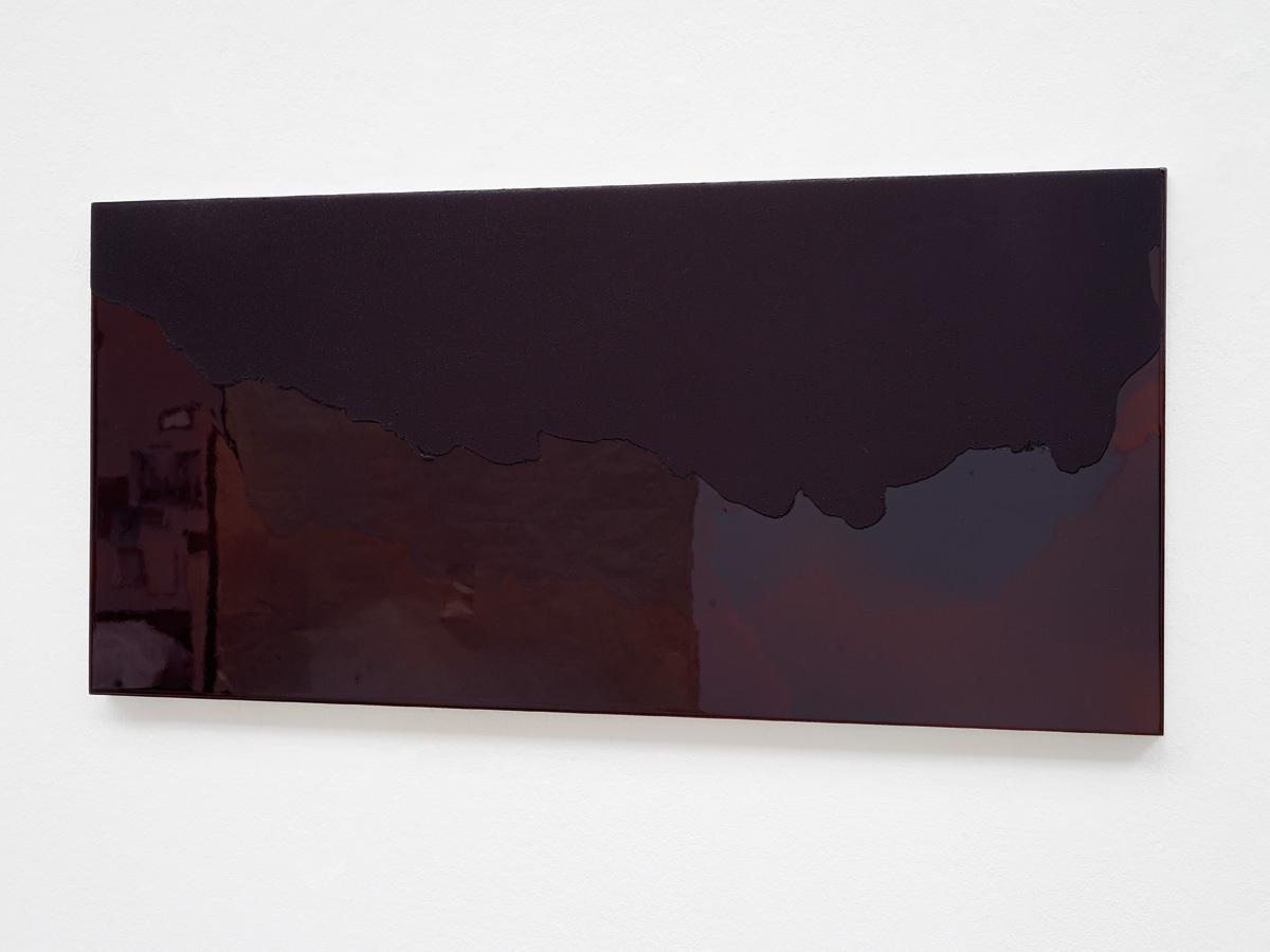 Raymund Kaiser, VIOD-H7 (080917) 2017, Öl, Lack, MDF, 32,7 x 69,4 cm